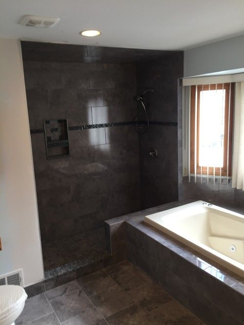 Macomb MI - Traditional Bathroom Remodel - Cabinets by Cantu